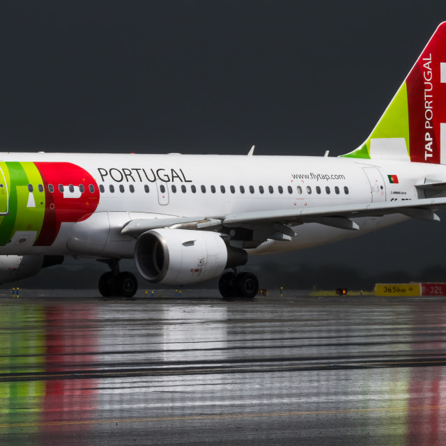 """""""Airbus A320 TAP Portugal CS-TTR"""" stock image"""