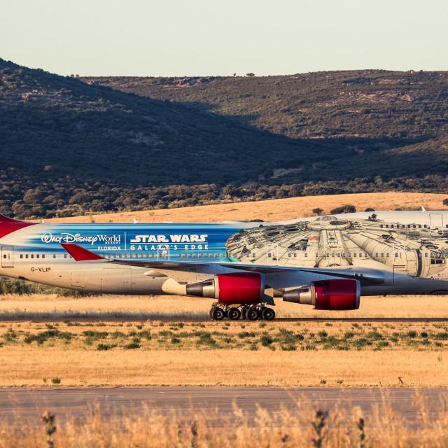 """Boeing B747 Virgin Atlantic Star Wars Galaxy's Edge The Falcon G-VLIP"" stock image"