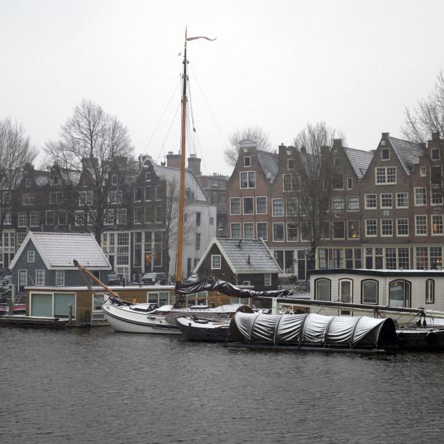 """Amsterdam Nederland 16 januari 2021 Sneeuw! Westerdok, Zandhoek Amsterdam The Netherlands 12th January 2021 Snow! Westerdok, Zandhoek"" stock image"