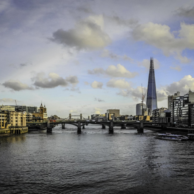 """""""Thames looking East"""" stock image"""