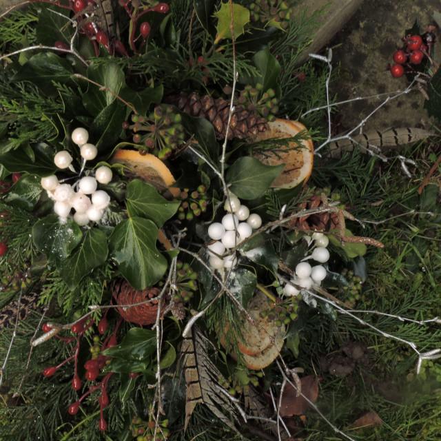 """Wreathe in All Saints Churchyard Sudbury Derbyshire December 2020"" stock image"