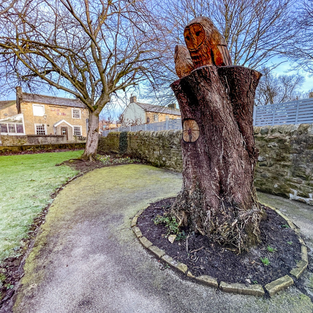 """""""Two Carved Owls from Tree Stump, Memorial Garden, Silsden (Cobbydale) Yorkshire, England."""" stock image"""