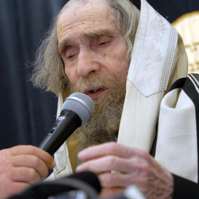 """""""Rav Steinman speaking at Manchester Minyan 4"""" stock image"""
