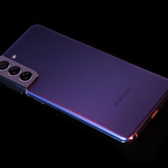 """""""Galaxy Samsung Galaxy S21"""" stock image"""