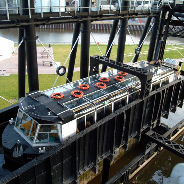 """Anderton Boat Lift 6"" stock image"
