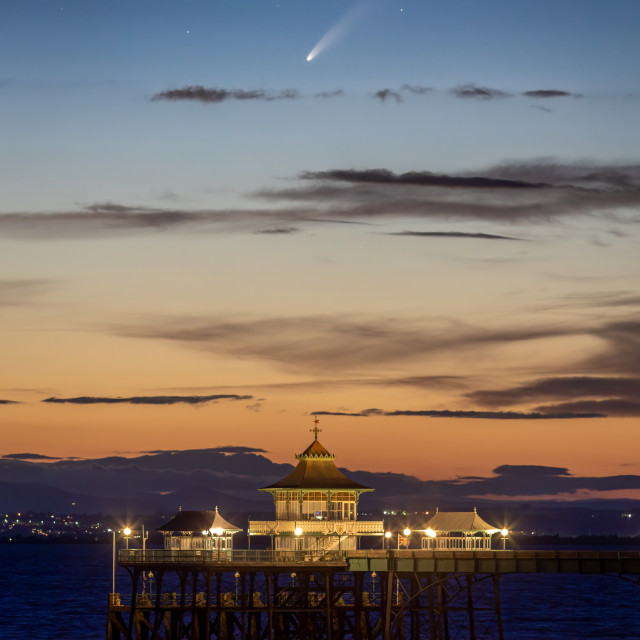 """""""Neowise above Clevedon Pier"""" stock image"""