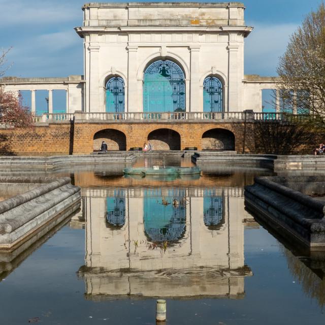 """""""War Memorial reflected"""" stock image"""