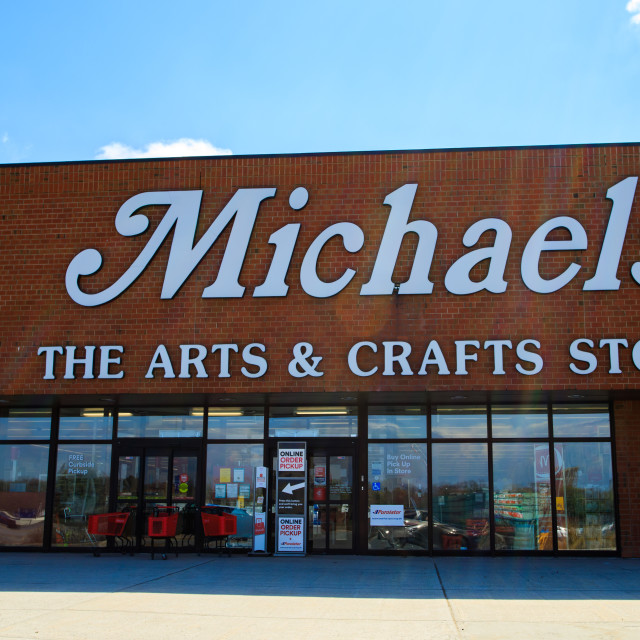 """""""Michaels Arts & Crafts store with online order pickup."""" stock image"""