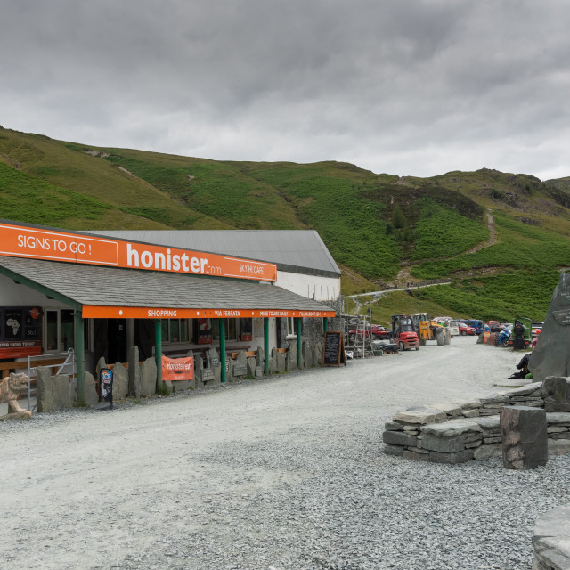 """""""Honister Pass in the Lake District, is a mountain pass joining B"""" stock image"""