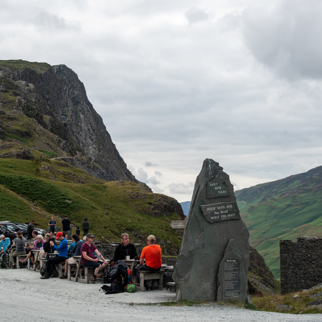 """""""Honister Pass in the Lake District, is a mountain pass joining Borrowdale to the Buttermere Valley in England UK."""" stock image"""