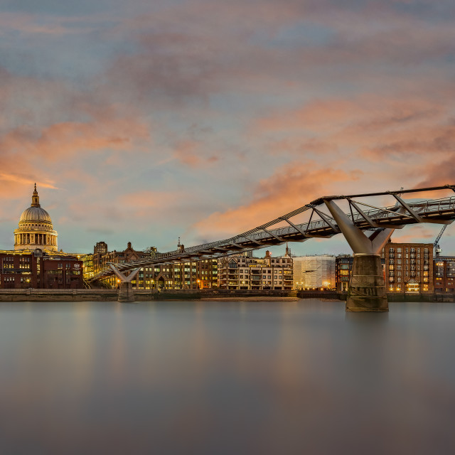 """""""Sunset over the River Thames"""" stock image"""