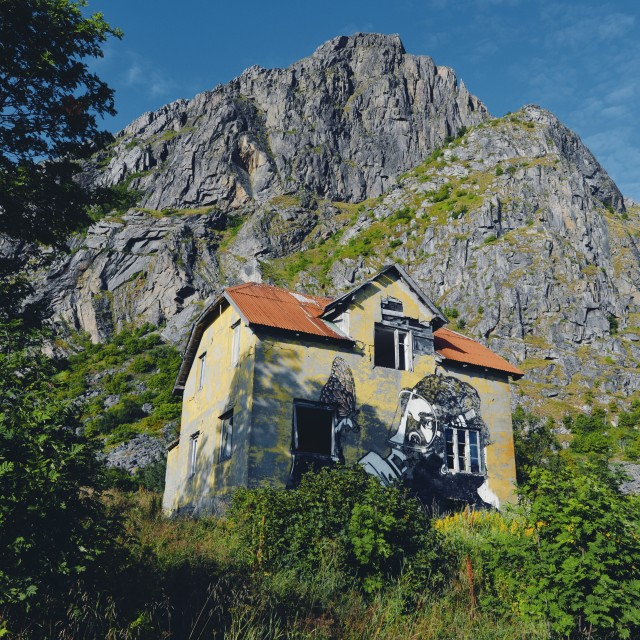"""""""Streetart in Lofoten painted on a abandoned house"""" stock image"""