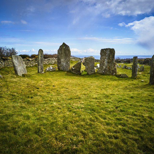 """""""Neolithic chambered tomb at Cashtal yn Ard"""" stock image"""