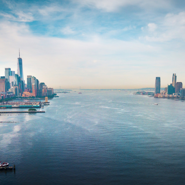 """""""New York and New Jersey separated with Hudson river and Manhatn"""" stock image"""