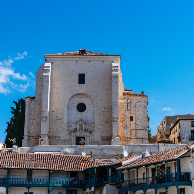 """""""Plaza Mayor and Church of Our Lady of the Asuncion in Chinchon, Madrid"""" stock image"""