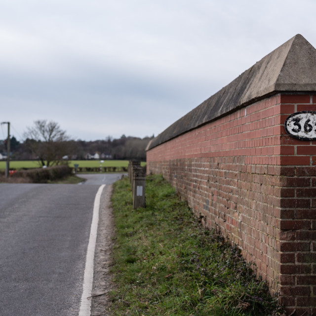"""""""Middle Road rail bridge parapet, with 365 sign, Thorpe St Andrew"""" stock image"""