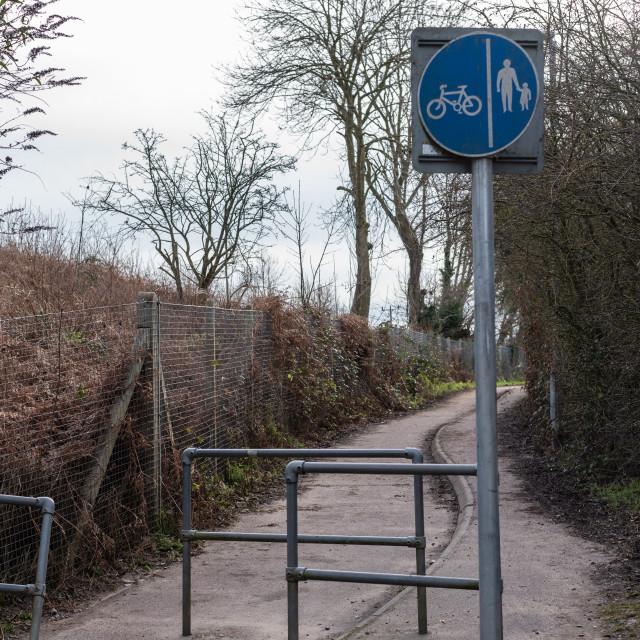 """""""Cycleway and footpath sign at Dussindale cycle and footpath, Tho"""" stock image"""