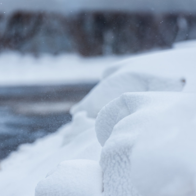 """""""Snow bank beside Green Lane North, Thorpe St Andrew, Norwich, No"""" stock image"""