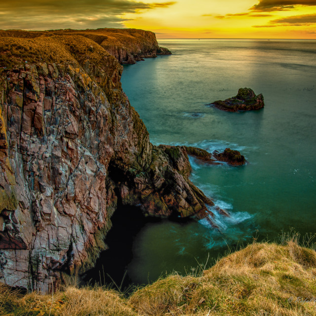 """Scottish cliffs - Bullers of Buchan"" stock image"