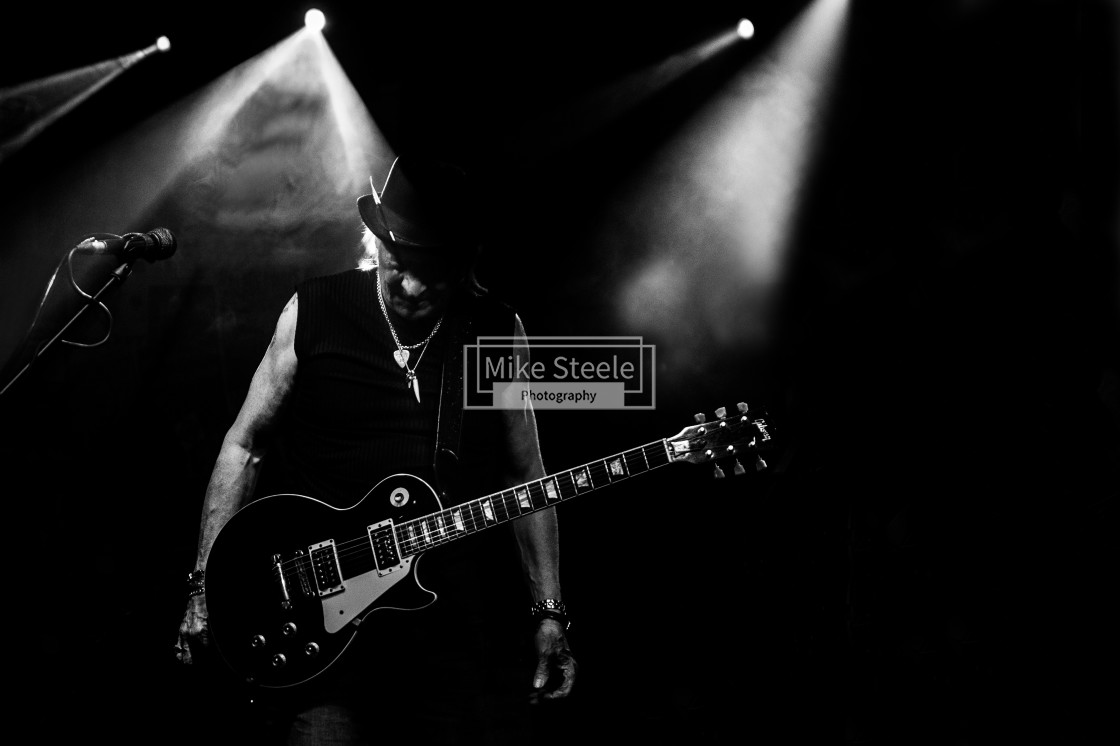 """Del Bromham of Stray After the Storm Live"" stock image"