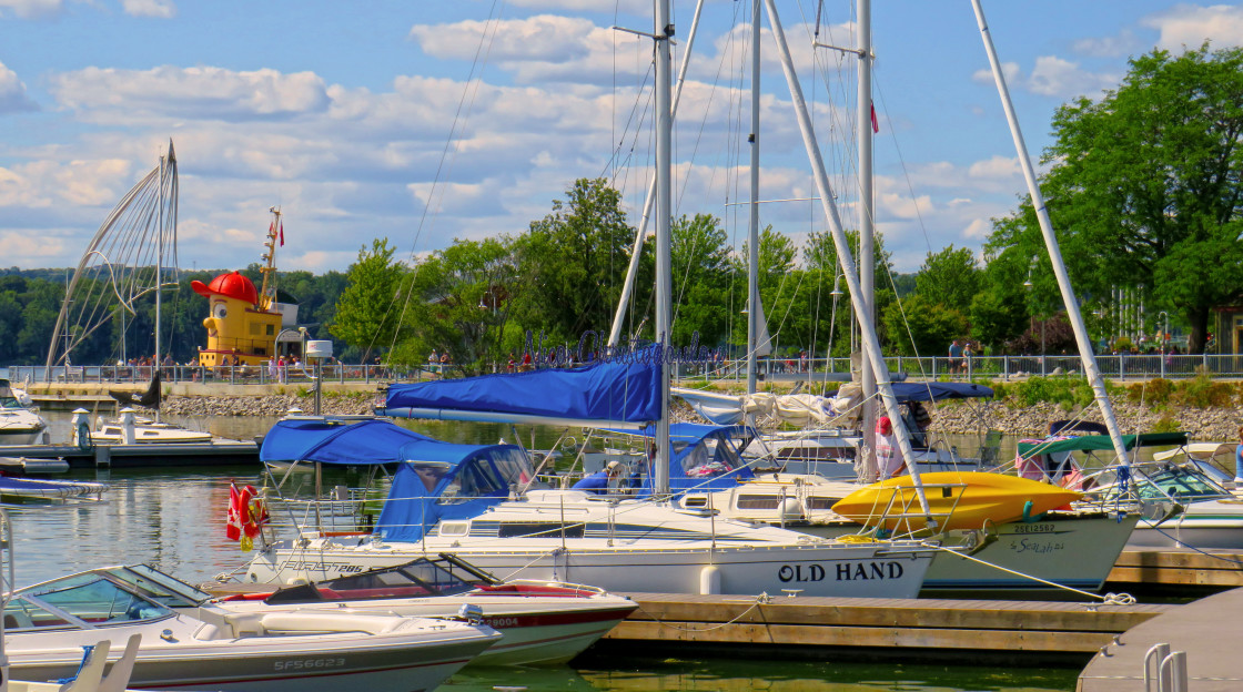 """""""Summer vibes by Hamilton Harbourfront Park."""" stock image"""