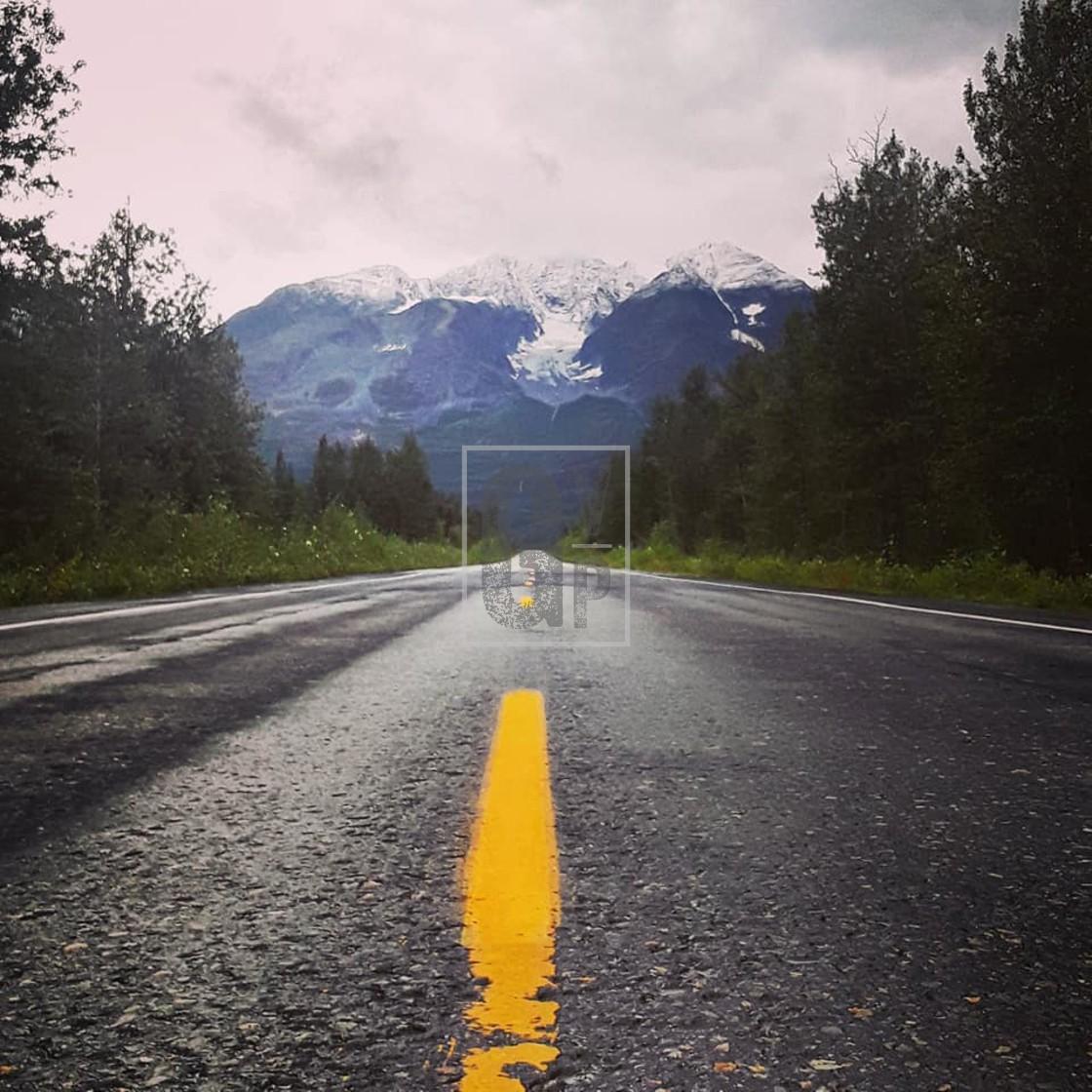 """Alaska's Richardson Highway"" stock image"
