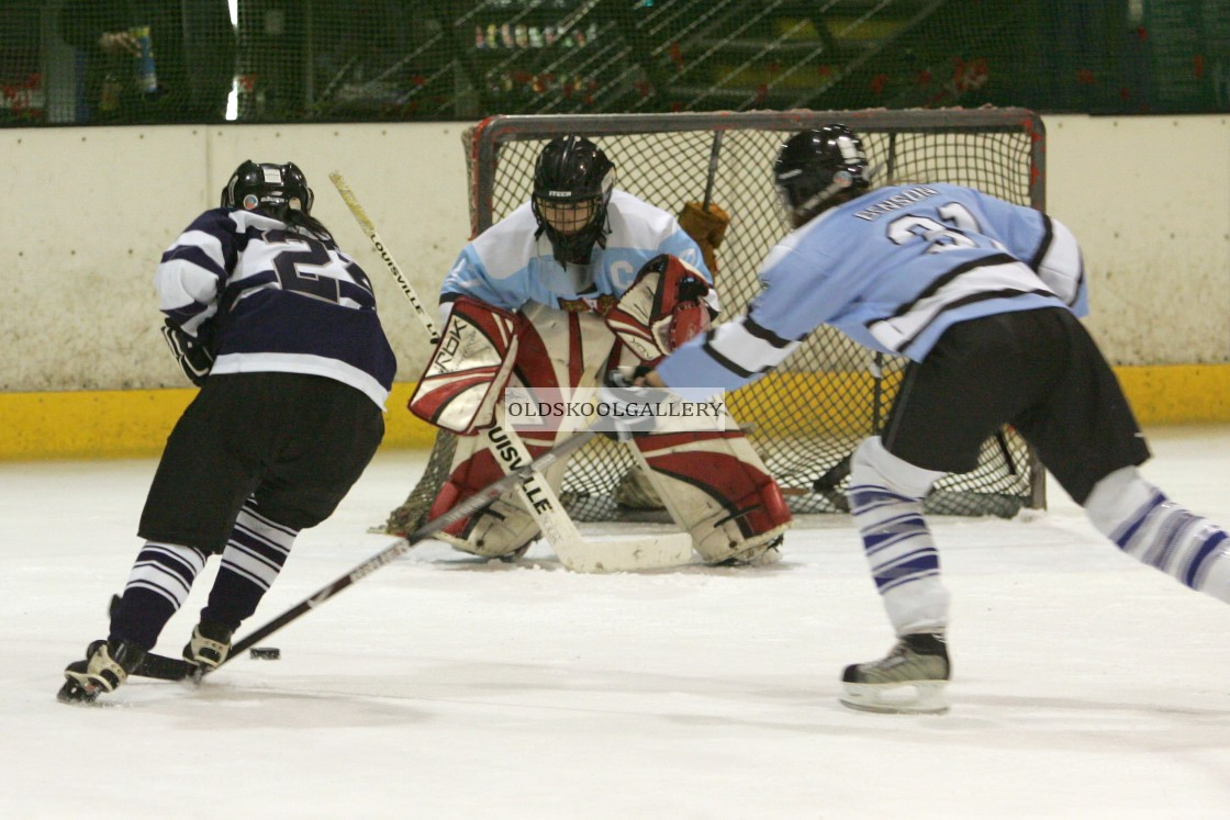 """Varsity Ice Hockey - Oxford Women v Cambridge Women (2010)"" stock image"