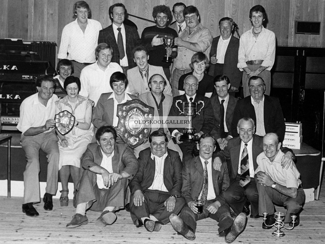 """Boat Inn & Strawbear Pub Teams, Whittlesey (1980)"" stock image"
