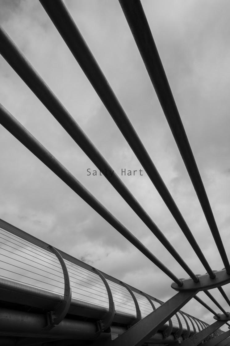 """""""London Millennium Footbridge"""" stock image"""