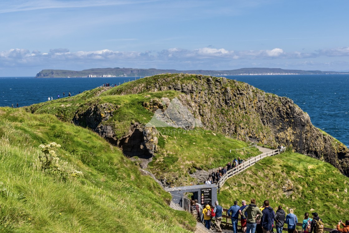 """Carrick-a-Rede Rope Bridge , Antrim Coast, Northern Ireland"" stock image"