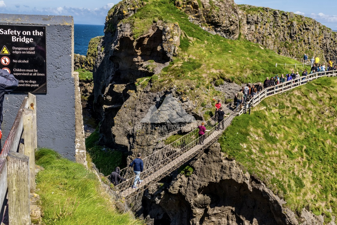 """Carrick-a-Rede Rope Bridge, Antrim Coast, Northern Ireland"" stock image"
