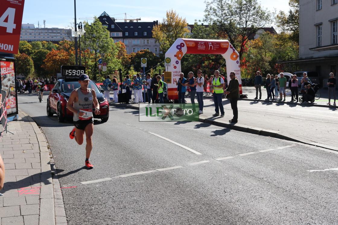 """2019 Munich Marathon winner"" stock image"