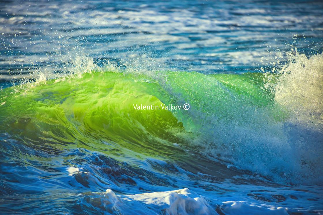 """""""Big sunrise freen wave"""" stock image"""