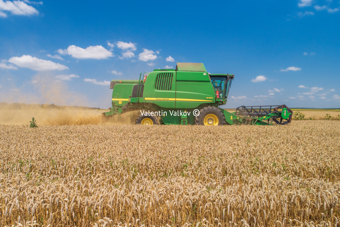 """Varna Region, Bulgaria - July 15, 2021: A modern John Deere W650"" stock image"