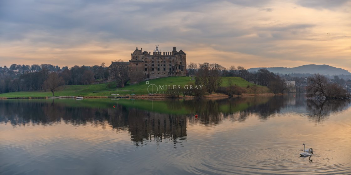 """""""Sun setting over Linlithgow Palace"""" stock image"""