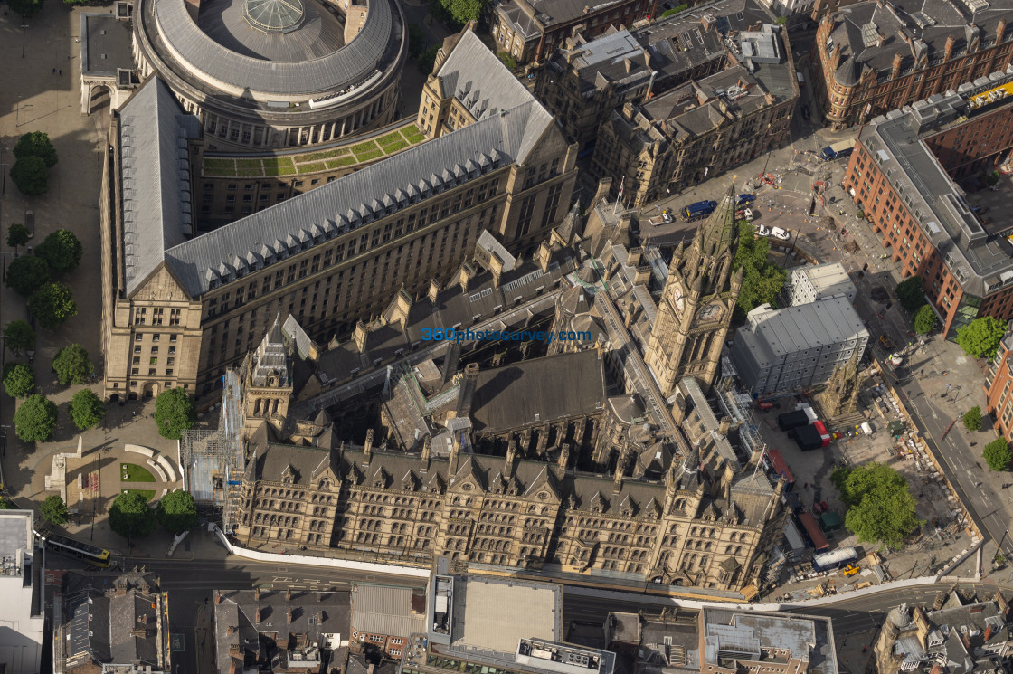 """""""Manchester Town Hall aerial photo 200622 6"""" stock image"""