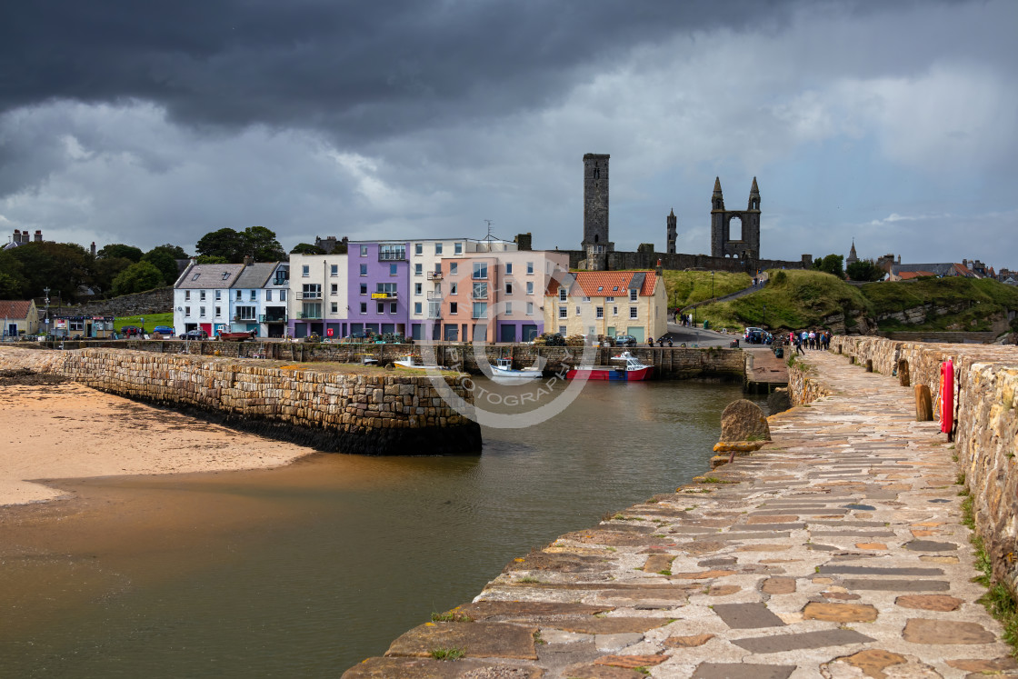 """""""St Andrews Harbour looking back to the Abbey"""" stock image"""