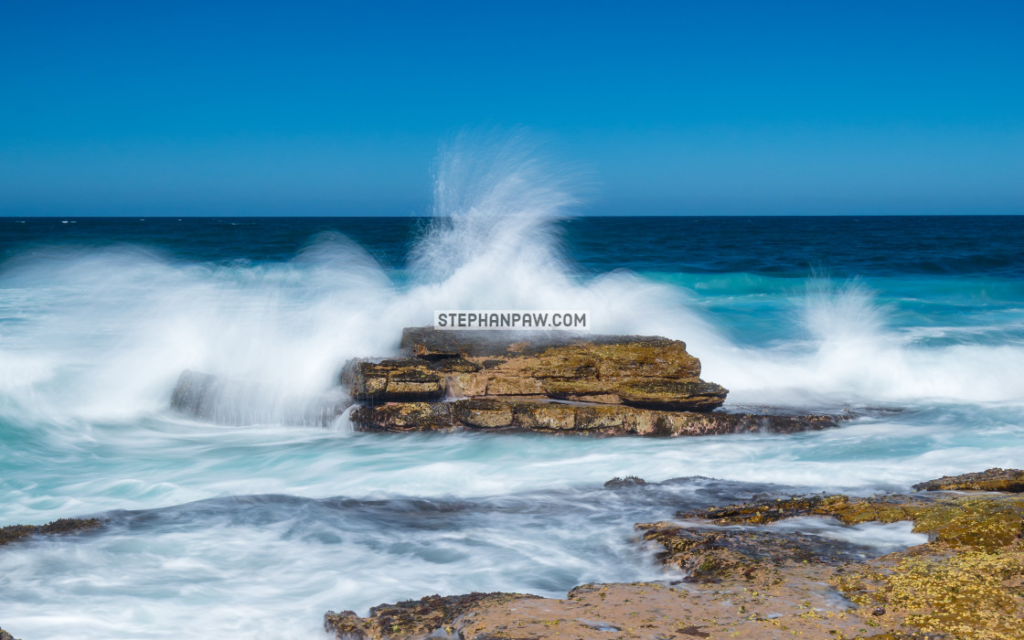 """Ever changing conditions off Long Reef Headland // Sydney, Austr"" stock image"