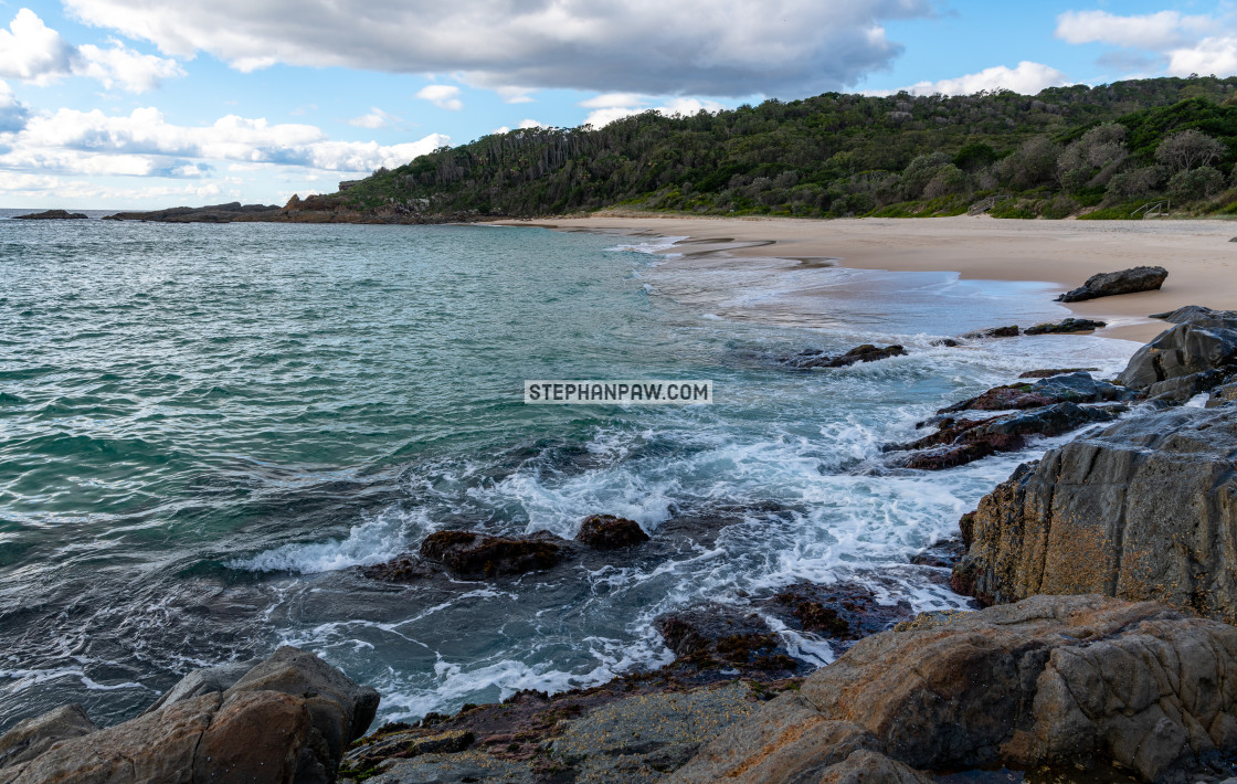 """""""Swirling sea of Shelly Beach // Booti Booti National Park, Great"""" stock image"""