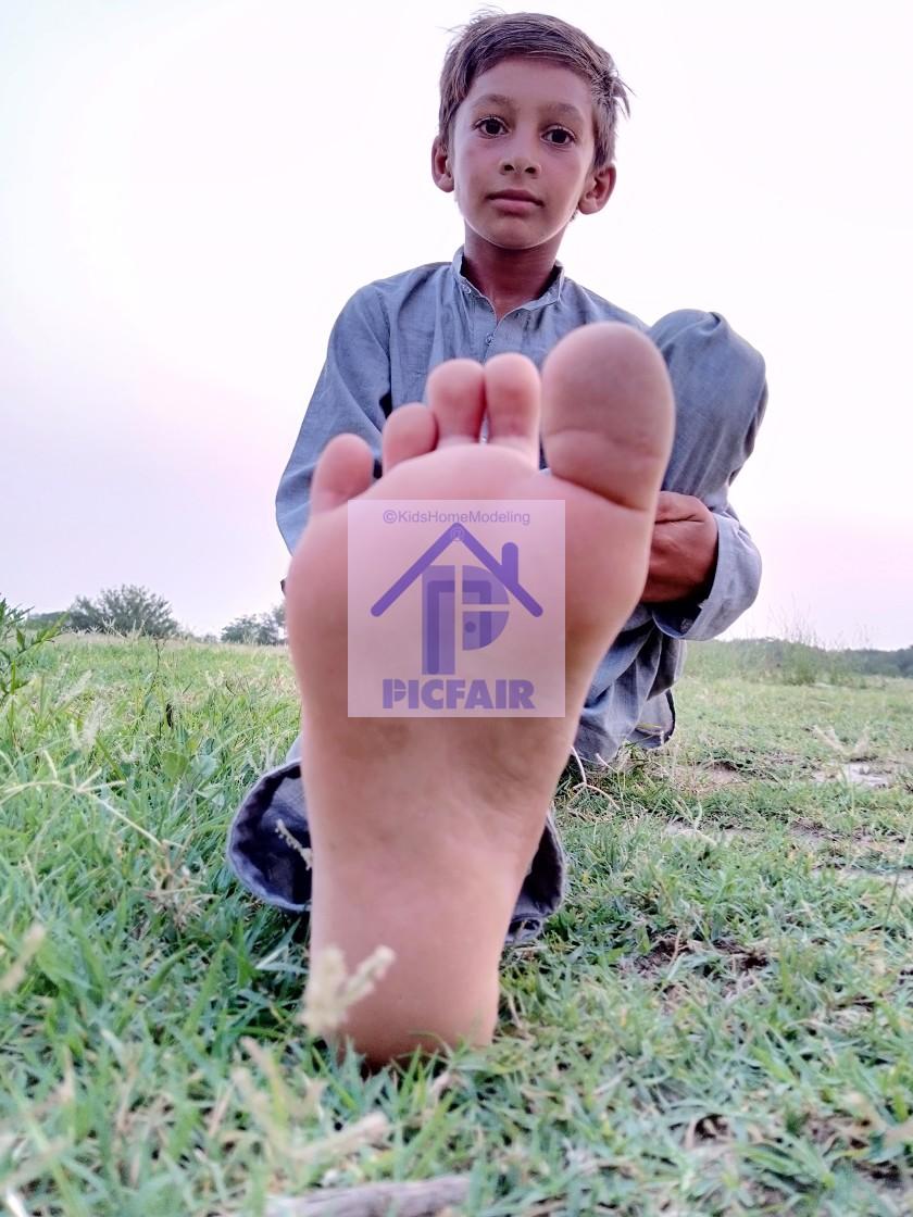 outdoors boy kid barefoot