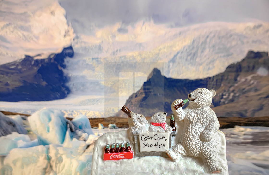 """""""Coke Polar Bears Magnet"""" stock image"""