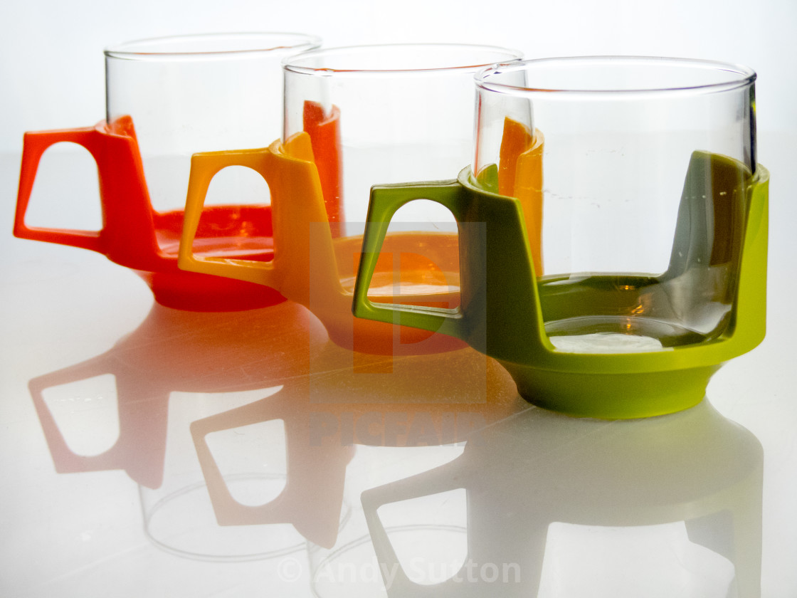 Glass and plastic cups