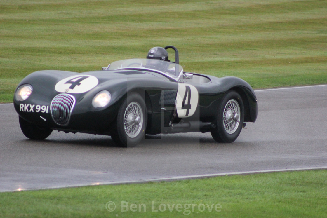 """Classic Car, Madgewick Corner, Goodwood Circuit"" stock image"