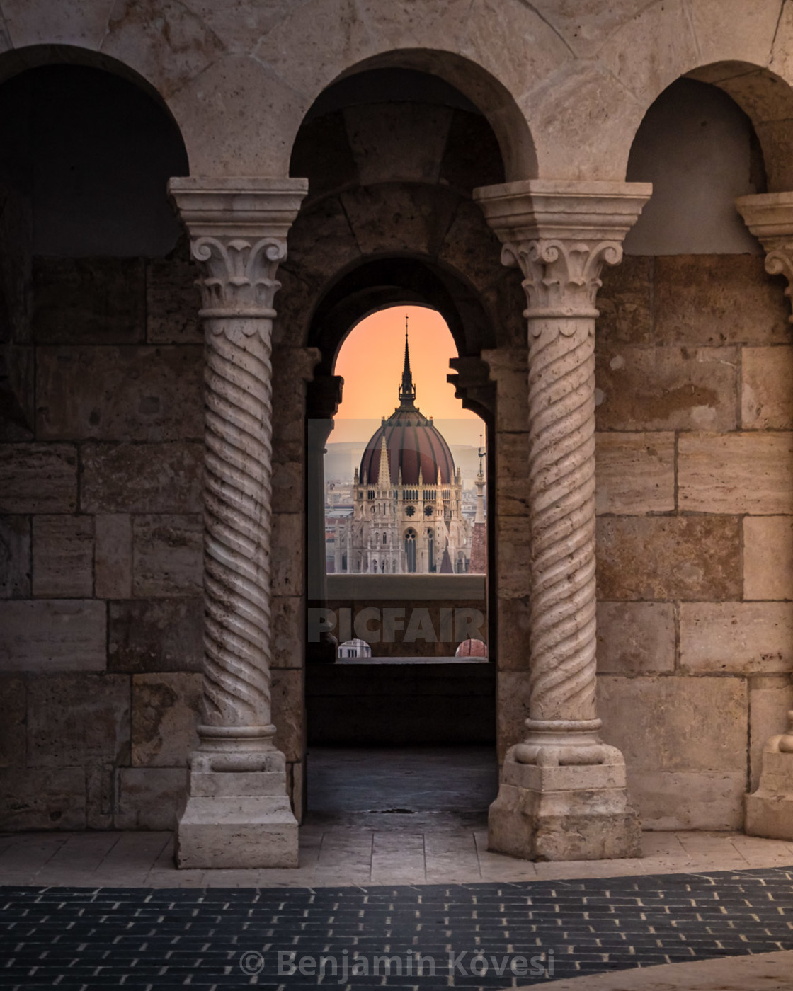 """""""Sunrise and the Parliament of Budapest"""" stock image"""