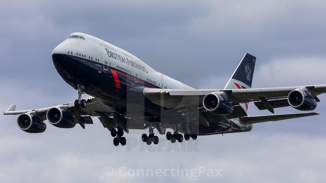 """Boeing 747 British Airways (Landor Retro livery) G-BNLY"" stock image"