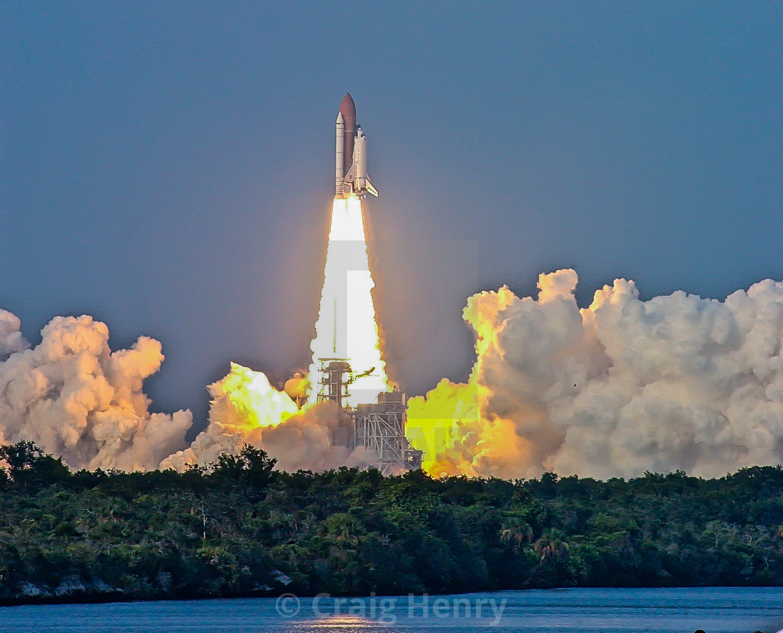 """""""Space Shuttle Glow"""" stock image"""