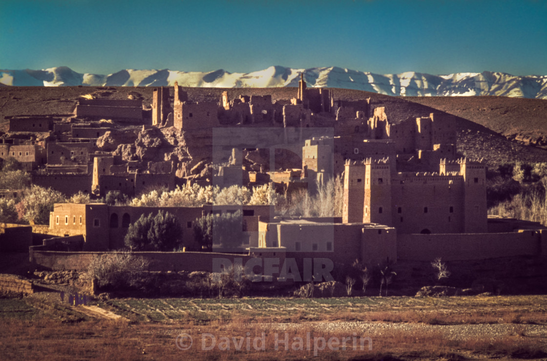 Old desert town & Atlas Mountains