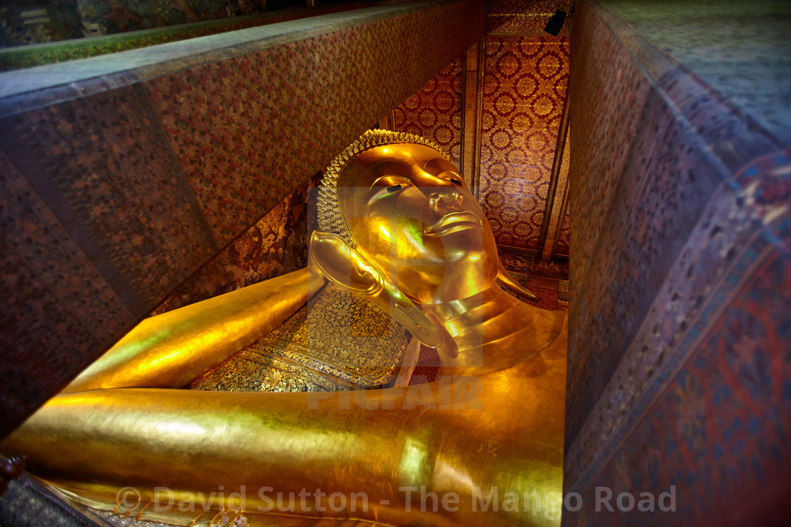 """Reclinng Buddha, Wat Pho, Bangkok"" stock image"