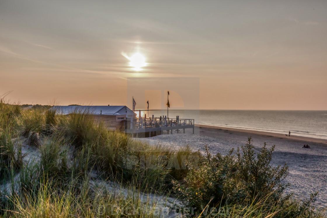 """100784 Strandpaviljoen aan strand Renesse"" stock image"
