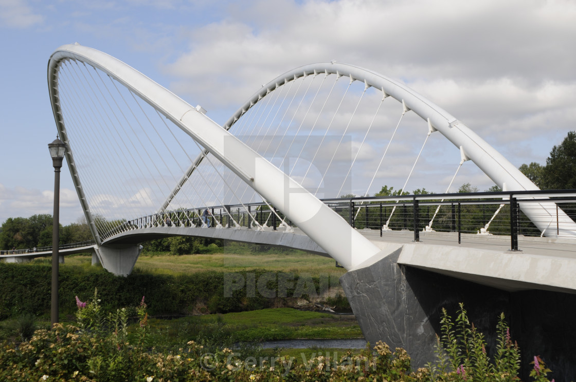 """Peter Courtney Bridge in Salem, Oregon"" stock image"